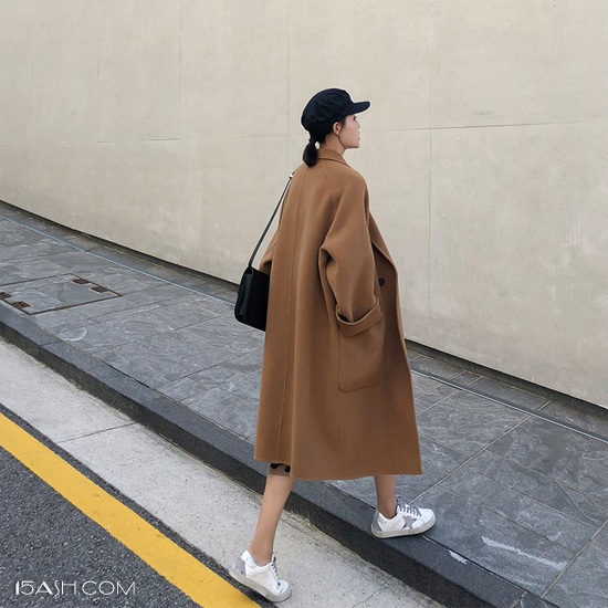 大衣+半身裙